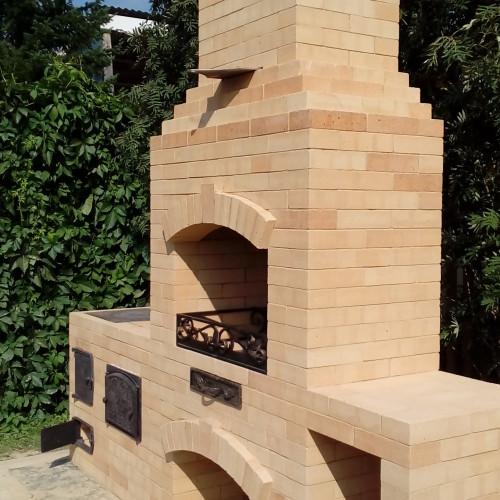 Барбекю с варочной плитой и духовкой, разделочный стол, огнеупорный кирпич