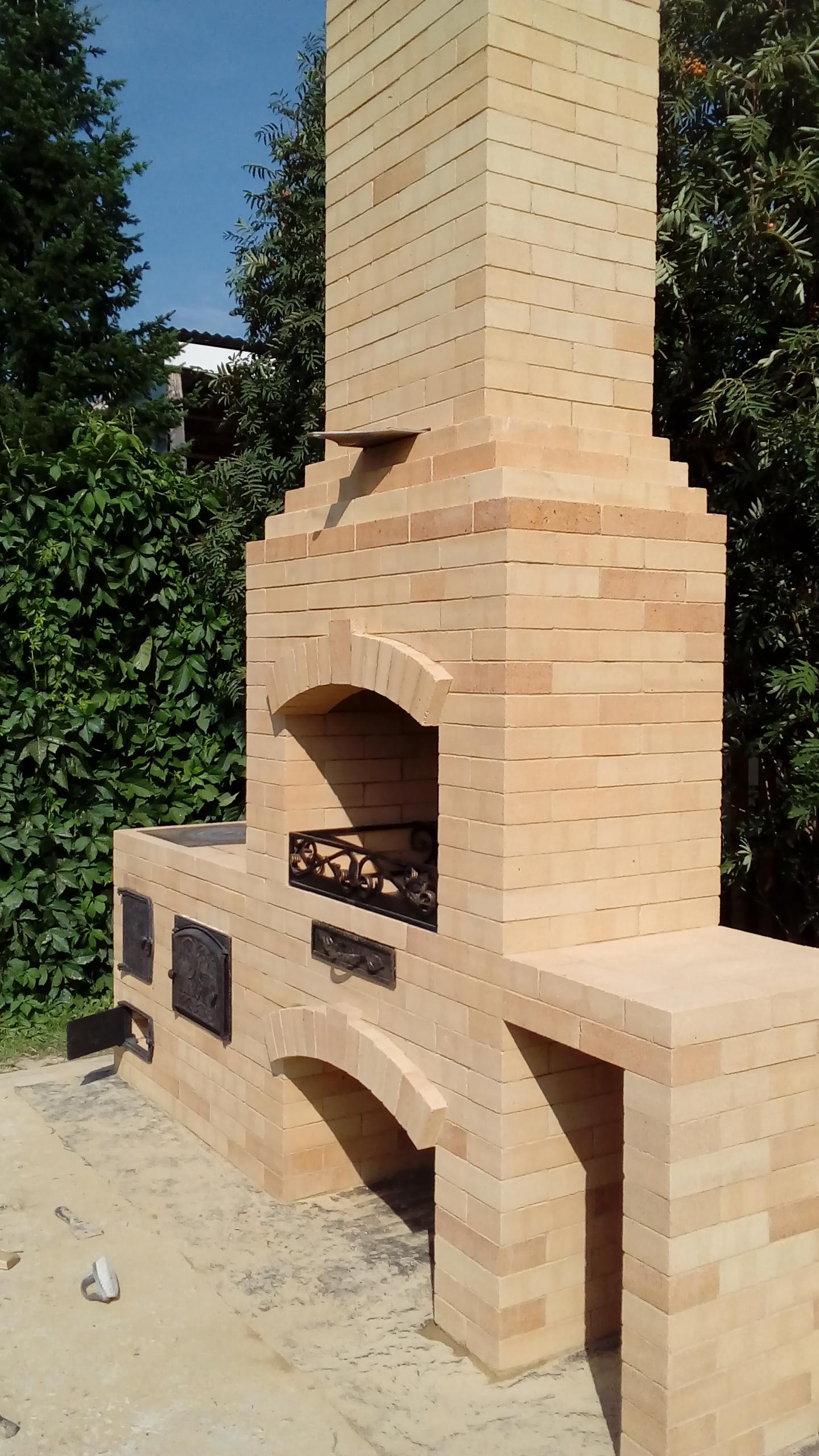 Фото барбекю з плитою раковиною материалы для печи-барбекю