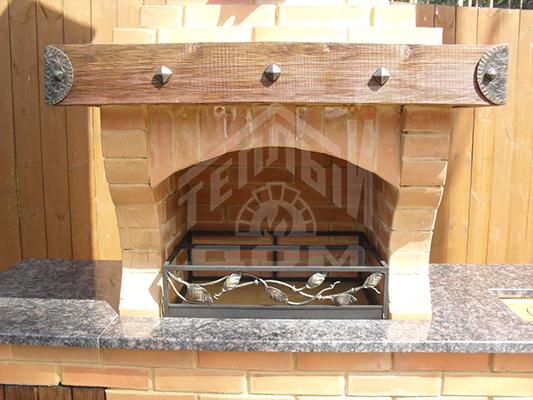 Барбекю с плитой под казан, разделочным столом, натуральной гранитной столешницей (2)