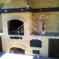 Барбекю с плитой под казан, столешницей из гранита, деревянные дверки из массива лиственницы 1 (1)