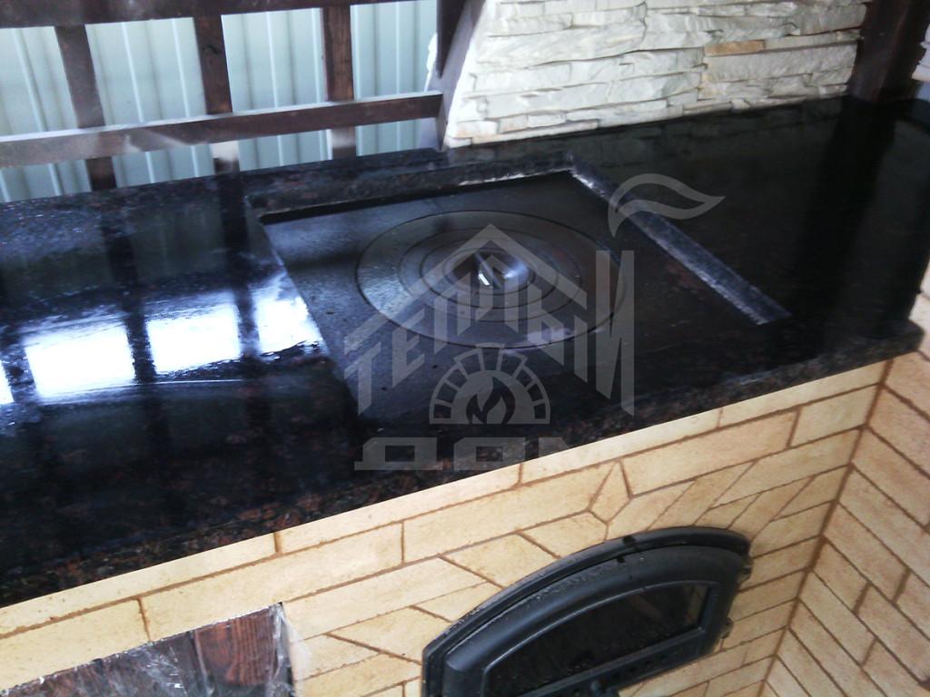 Комплекс барбекю с коптильней, плитой под казан и разделочными столами (5)