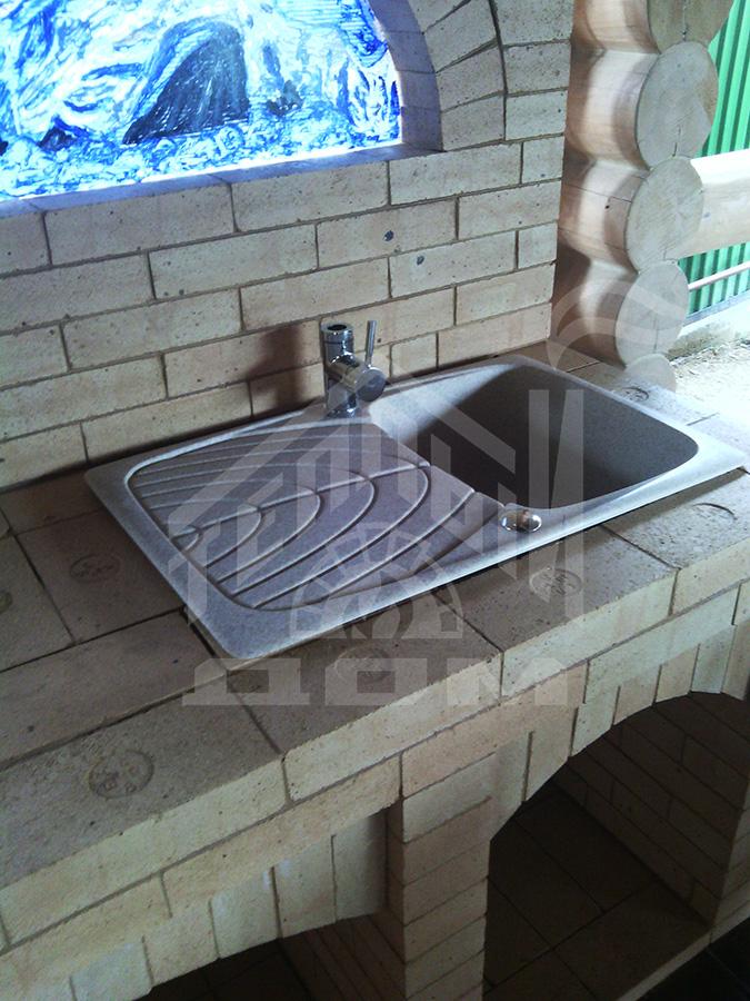 Кухня барбекю с витражным стеклом (1)