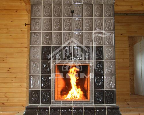 №43 ПЕЧЬ-КАМИН, вид со стороны камина, облицовка -изразцы (2)